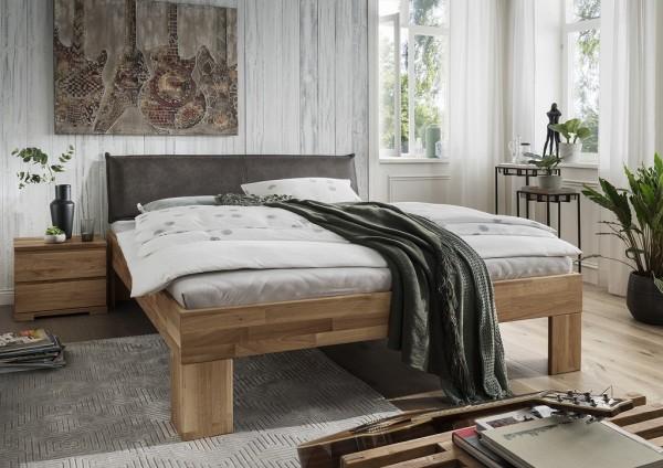 Doppelbett mit Polsterkopfteil 'Astoria I' 180x200cm Wildeiche geölt